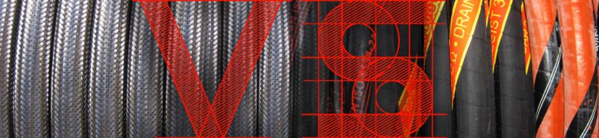 Industriële slangen: roestvast staal vs. rubber